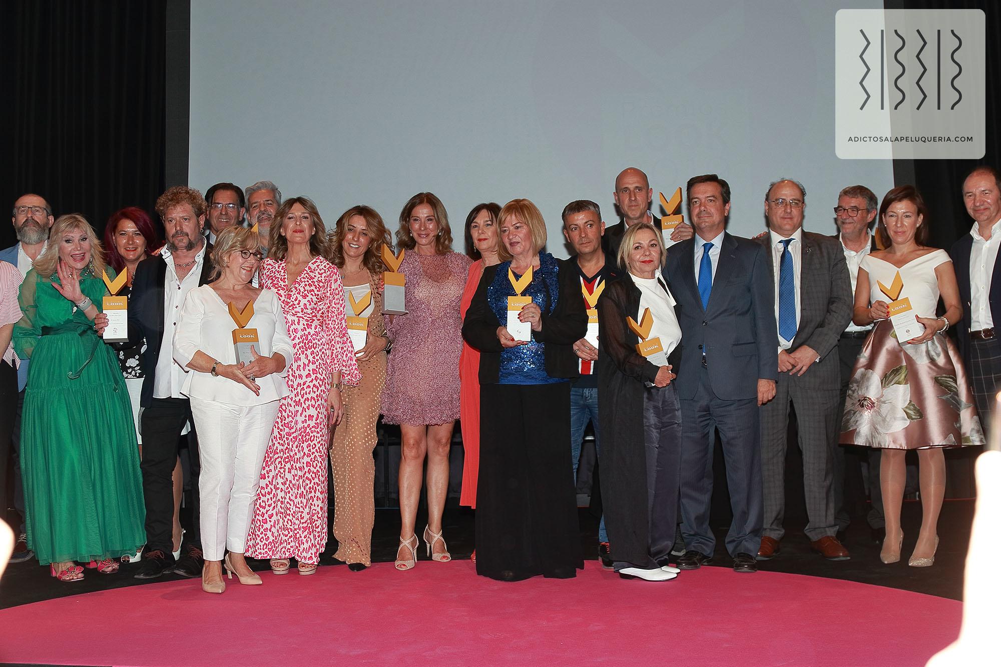 g-2019-premios-look-23